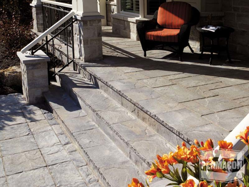 Mondrian® Plus Capping Module by Permacon