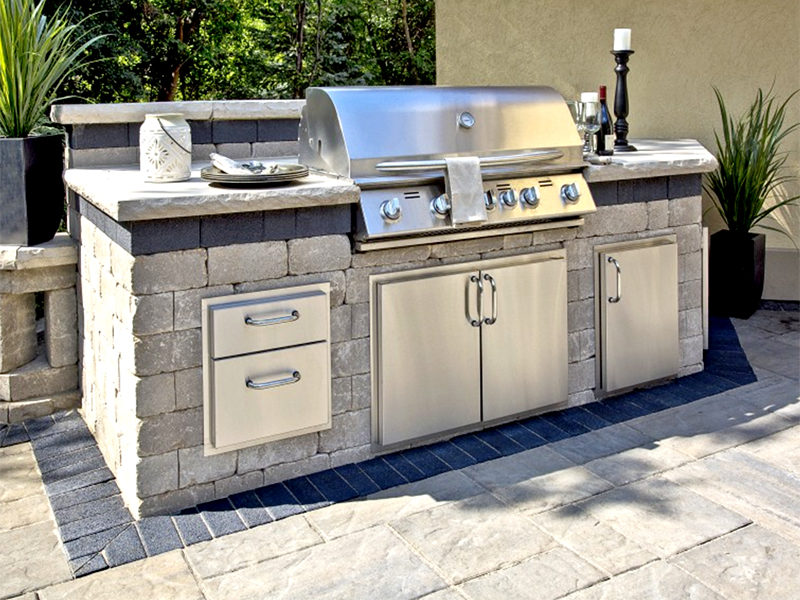Grills-Grill-Islands-Brussels-Dimensional-Stone-grill