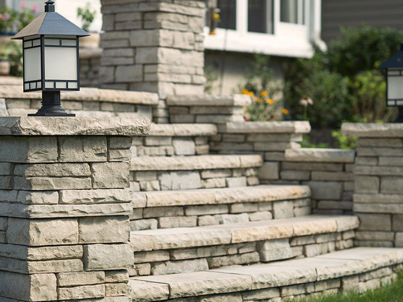 Retaining walls, Fire tables, Grills and Firepits in Mississauga